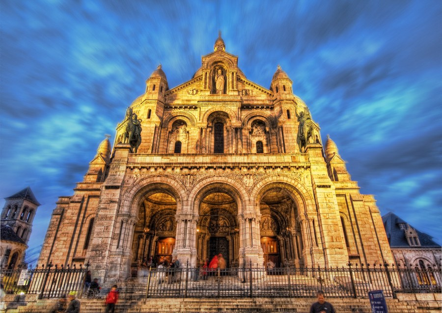 The Sacred Heart of Paris (by Stuck in Customs)