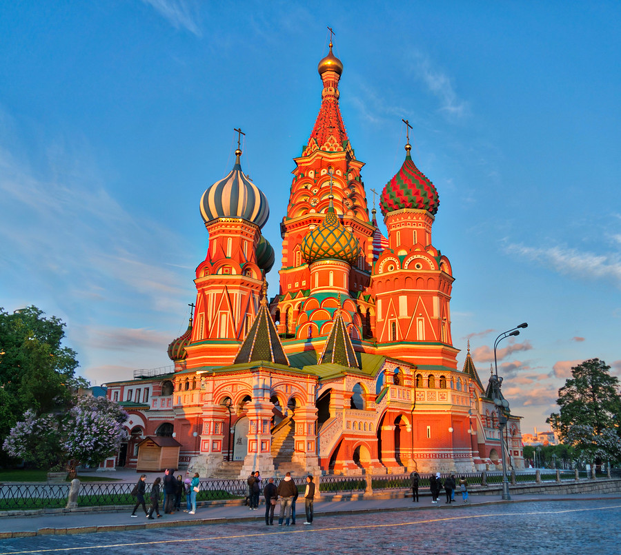 St. Basil's Cathedral in Red Square – Stuck in Customs