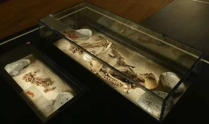 """Two examples of Viking age graves or """"kuml"""". The infant """"kuml"""" is on the left."""