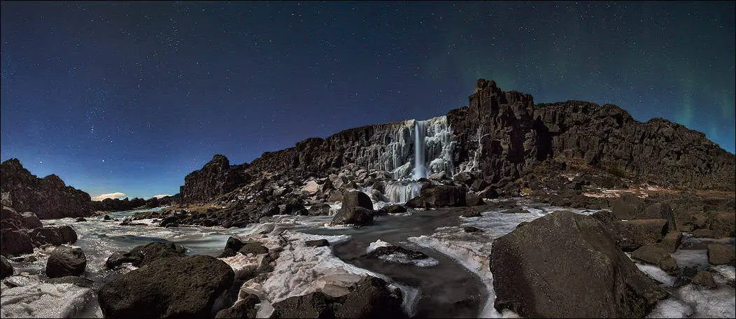 The Stunning Images of Thingvellir at Night