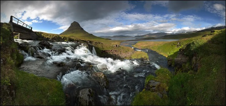 Kirkjufell in summer.