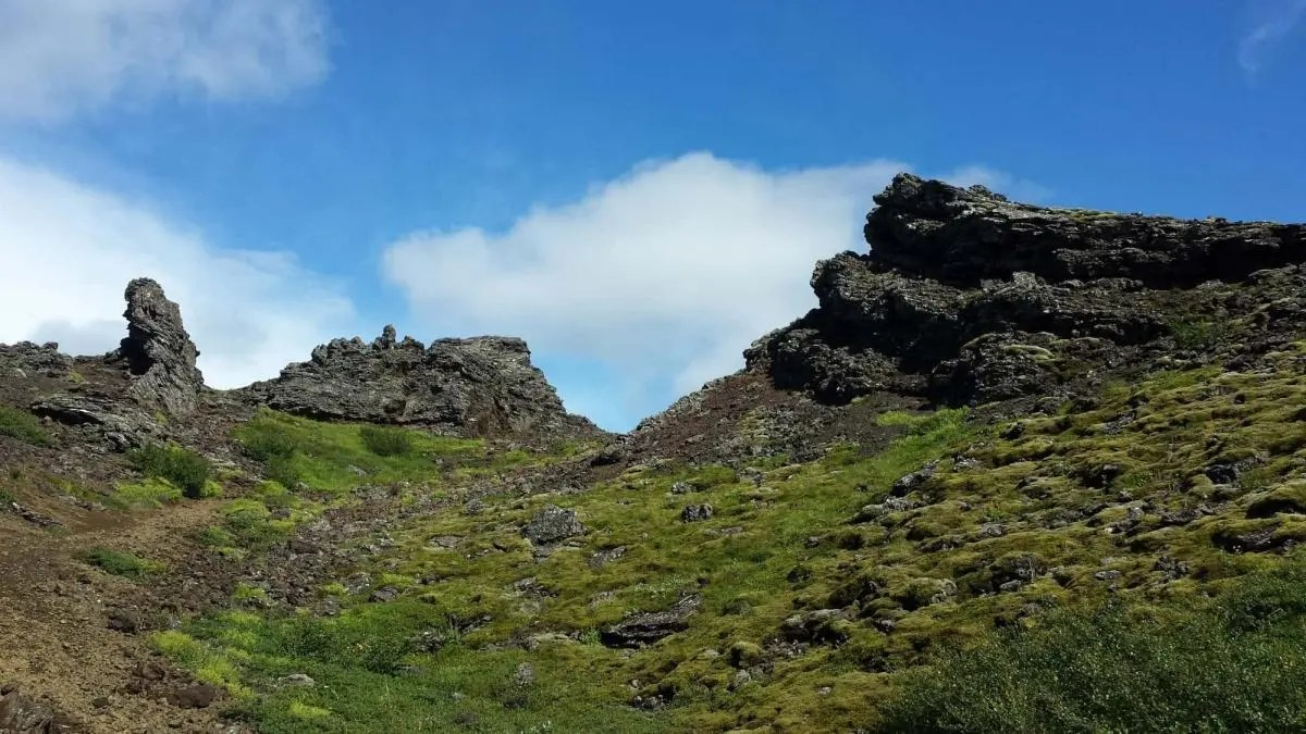 Great Hiking Trail Near Reykjavik – if You Can Find it!