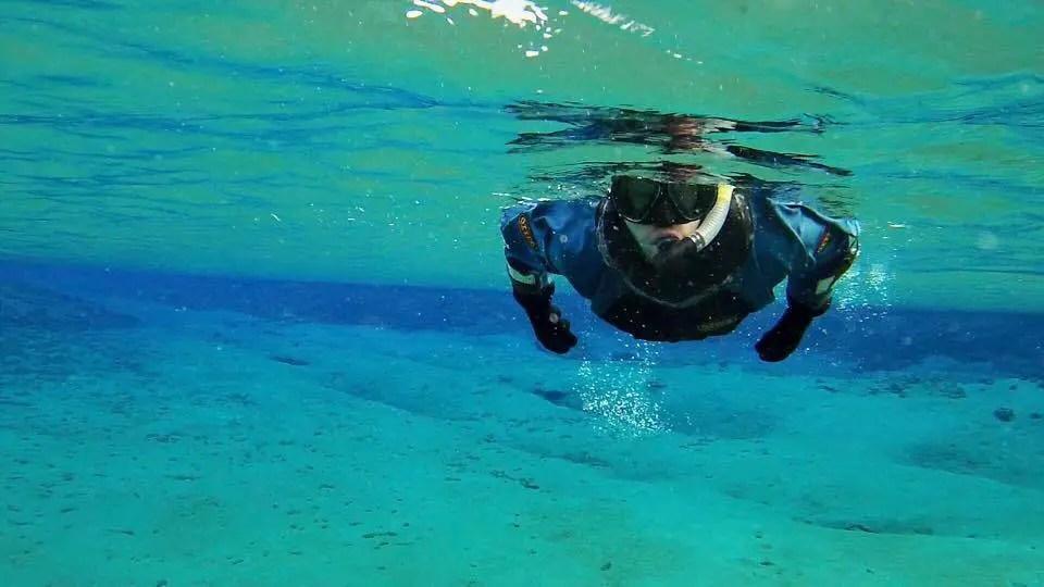 Snorkeling and Caving in Thingvellir