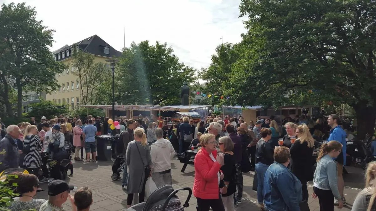 Check out the Reykjavik Street Food Market