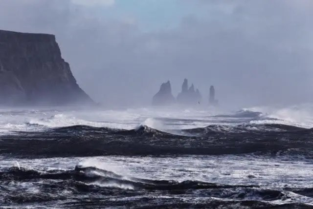 See the Black Beach – Reynisfjara is the Coolest Beach in Iceland