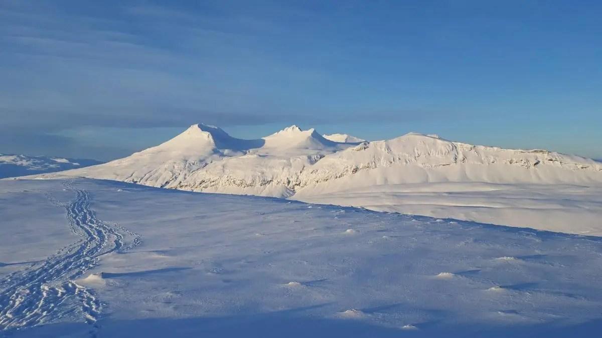 Hiking in Icelandic Winter Wonderland