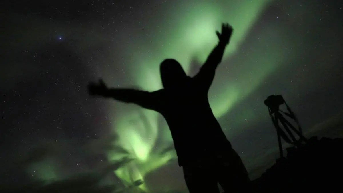 Icelandic Northern Lights Enchant – Join the Northern Lights Hunt