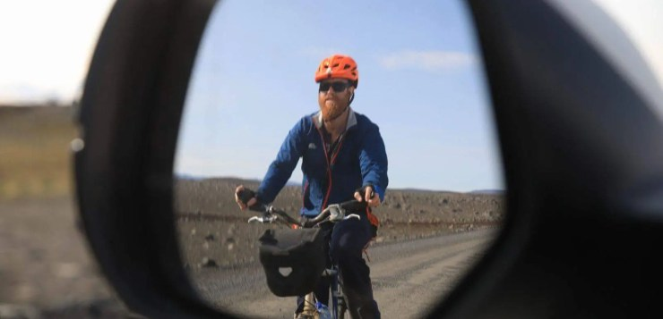 The adventurer Roei Sadan went cycling in Iceland on his trusty bike called Faith.