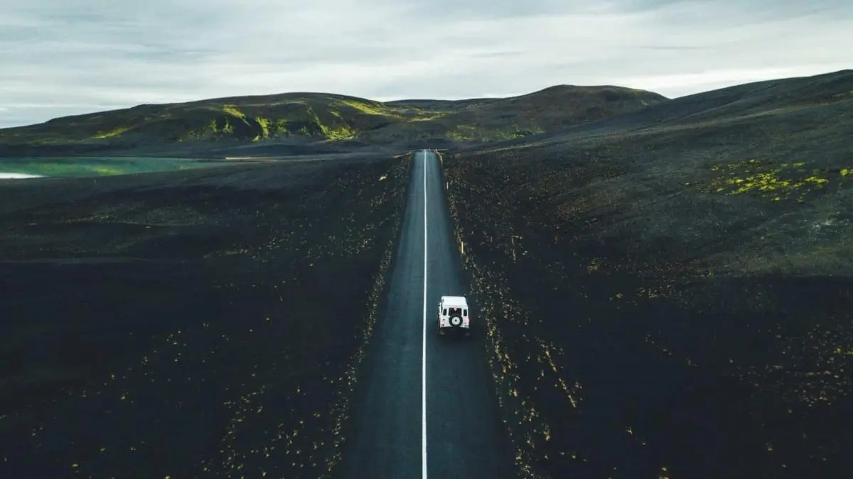 Go on a Photographic Road Trip in Iceland With a Famous Instagrammer