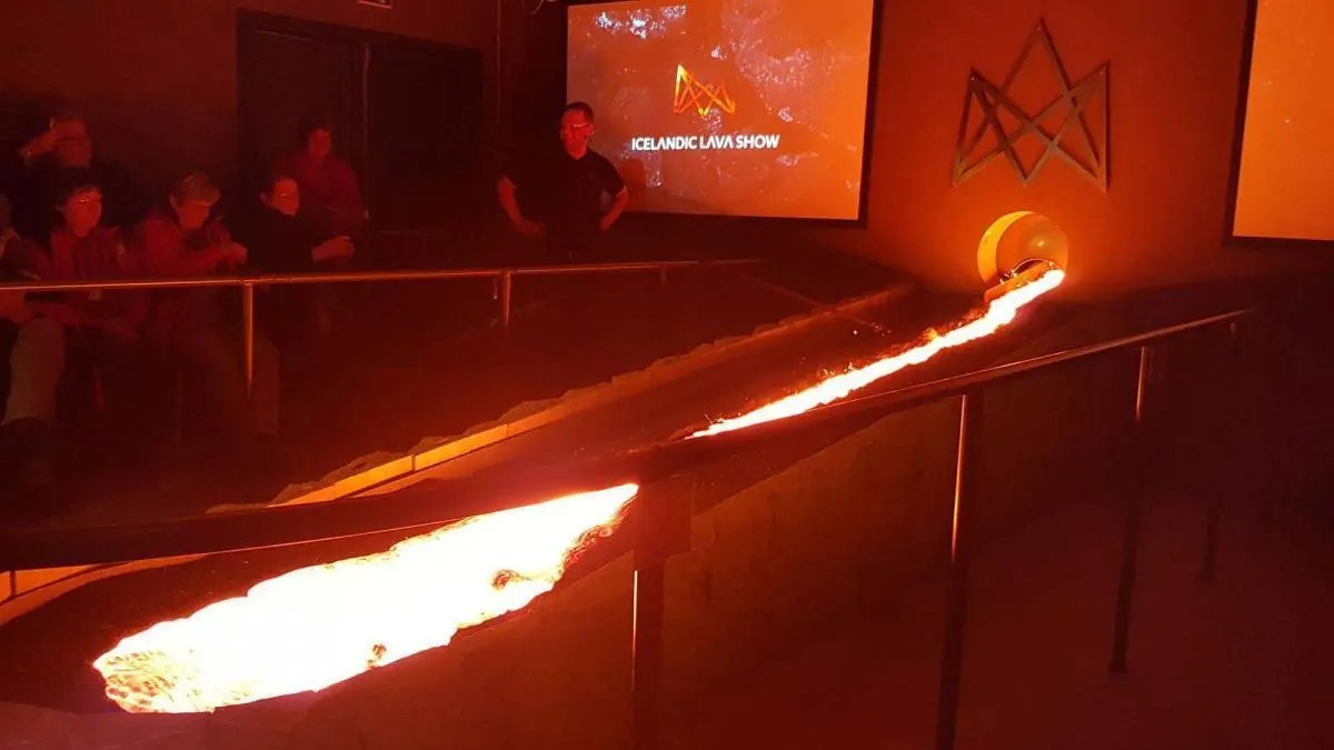Playing With Lava – See the Icelandic Lava Show