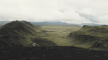 Iceland Music Video for the song Avalanche by Steve Kopandy.