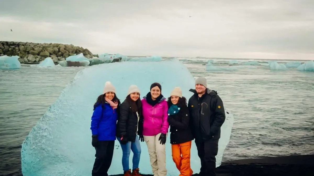 Iceland in Winter – See how you enjoy it to the max