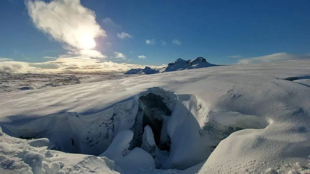 Get 15% off Golden Circle and Langjökull adventure