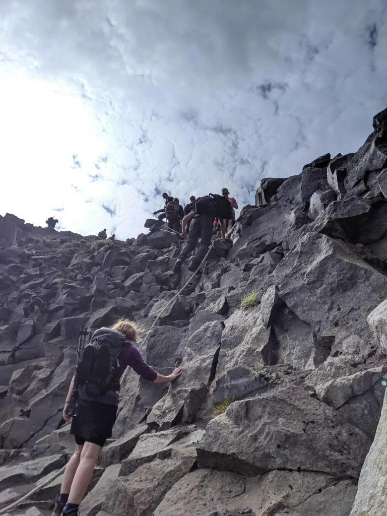 Descending into the Jökulsárgljúfur canyon