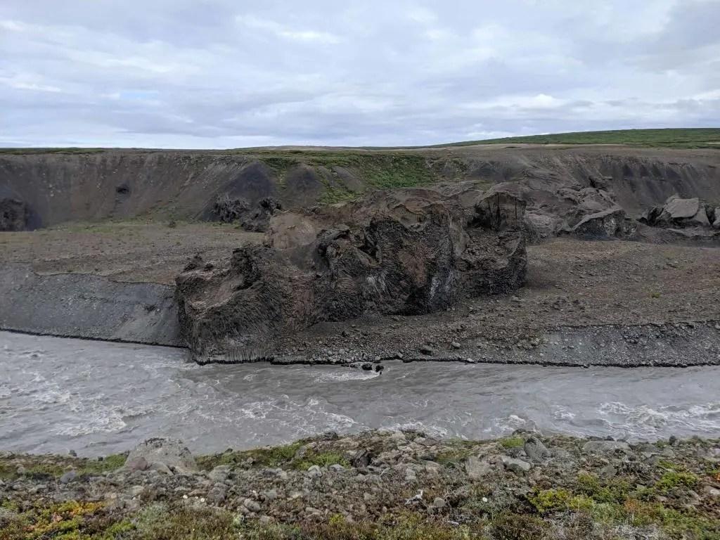Massive rock formation in the Jökulsárgljúfur canyon