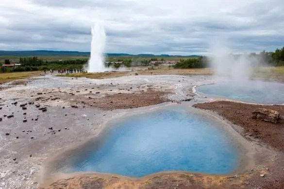They geyser field of Haukadalur is an essential stop on the Golden Circle tour by Reykjavik Sightseeing.