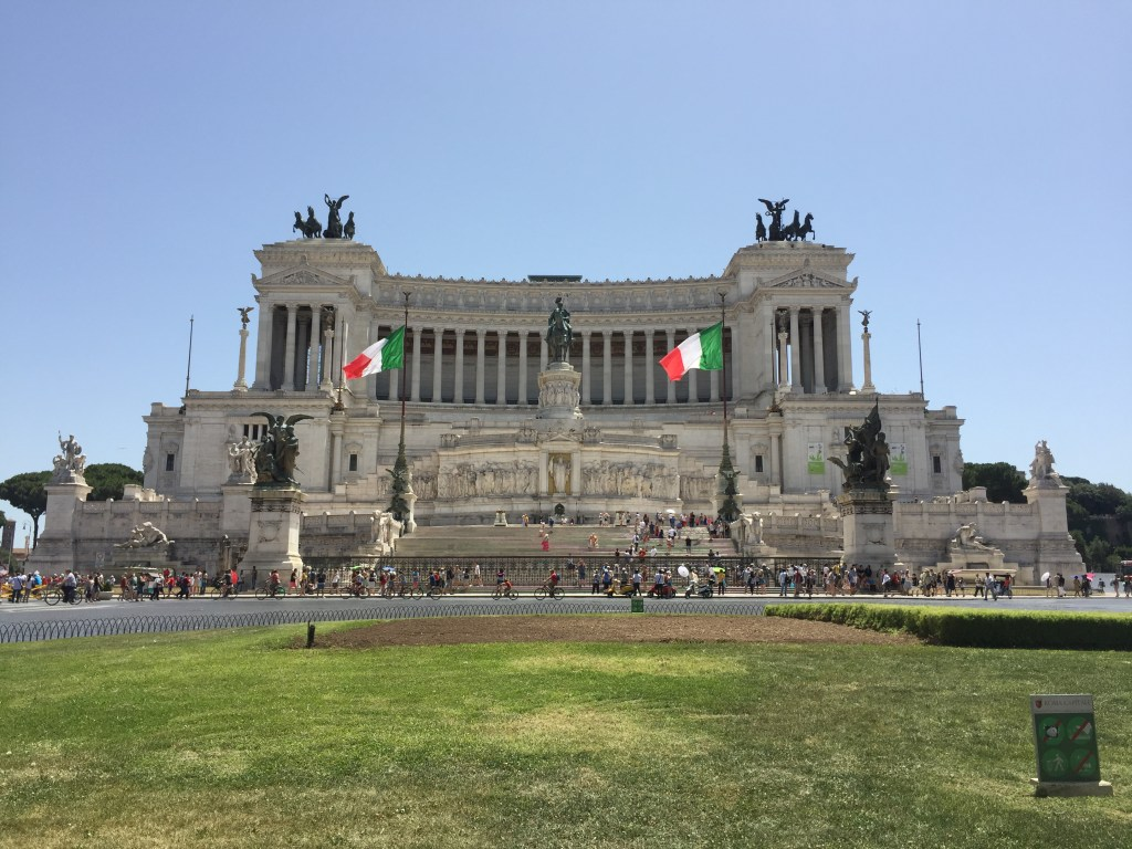 The white marble monument of Vittorio Emanuele II has been compared to a wedding cake.