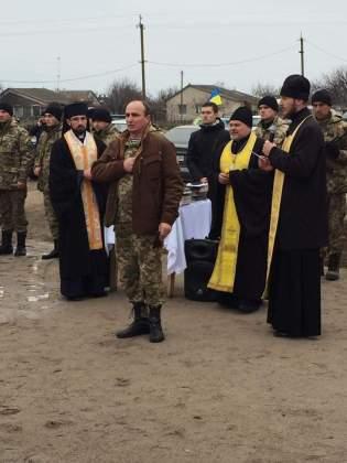 Возле админграницы с Крымом открыли памятник погибшим за Украину крымчанам 4