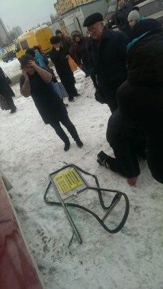 Мужчина выпал из окна харьковского трамвая 2