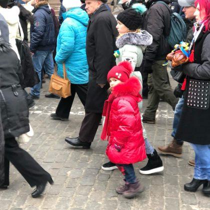 В Харькове состоялось траурное шествие памяти жертв Голодомора 9