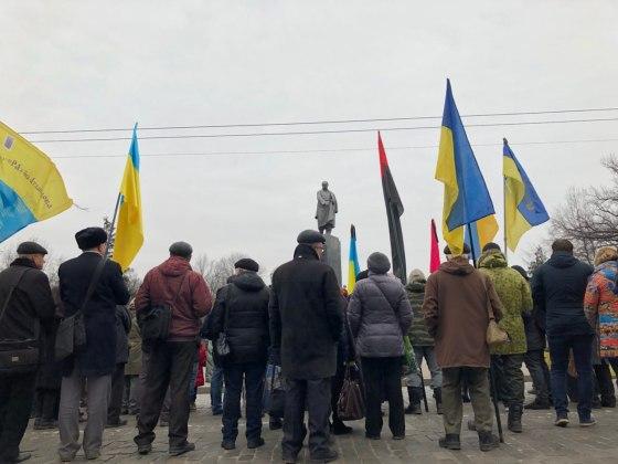 В Харькове состоялось траурное шествие памяти жертв Голодомора 11