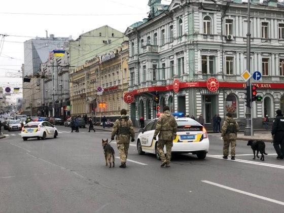 В Харькове состоялось траурное шествие памяти жертв Голодомора 3