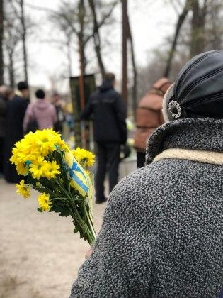 В Харькове состоялось траурное шествие памяти жертв Голодомора 22