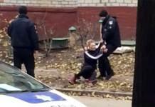 В Харькове женщина бросалась на прохожих и угрожала себя убить