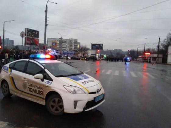 В Харькове неизвестный захватил отделение почты 7