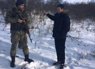 Россиянин с обморожением конечностей попросил предоставить ему статус беженца в Украине