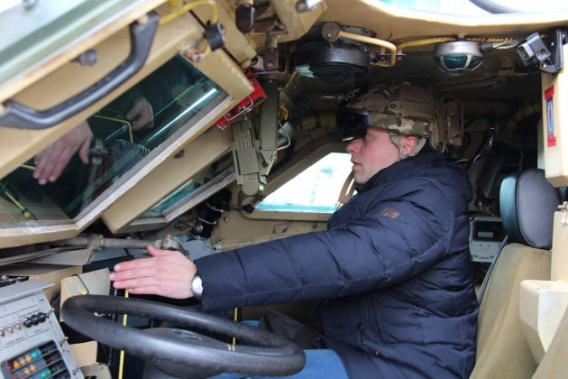 """БТР-4 зі встановленою системою кругового огляду від """"Limpid Armor"""""""