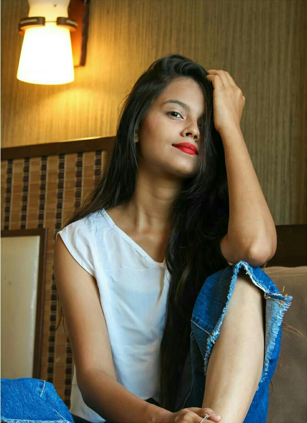 jhanvi-bhatt-fashion-lifestyle-blogger-ss-interview