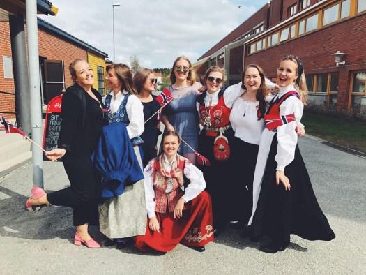 Studenter feirer 17. mai på Samfunnet i Bodø