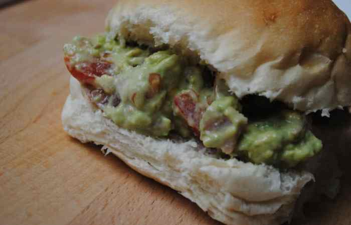 Bacon, Egg and Avocado Salad Sandwich Recipe