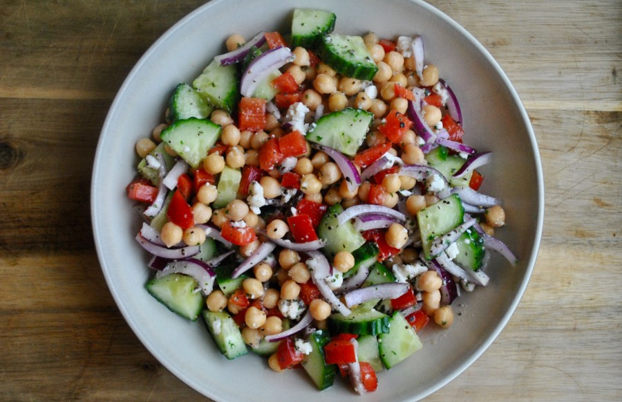 https://www.delish.com/cooking/recipe-ideas/a19885314/mediterranean-chickpea-salad-recipe/