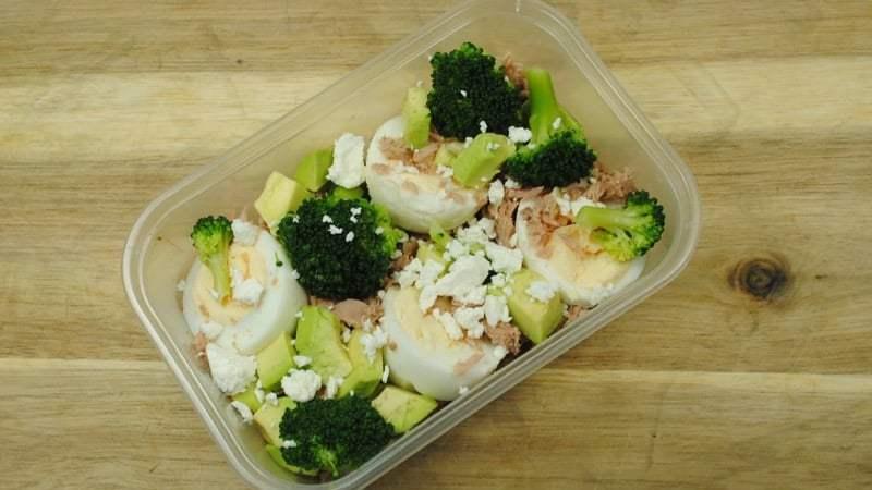 Tuna, Egg, Broccoli and Avocado Salad Box Recipe - 2