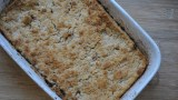 vegan apple crumble - 1