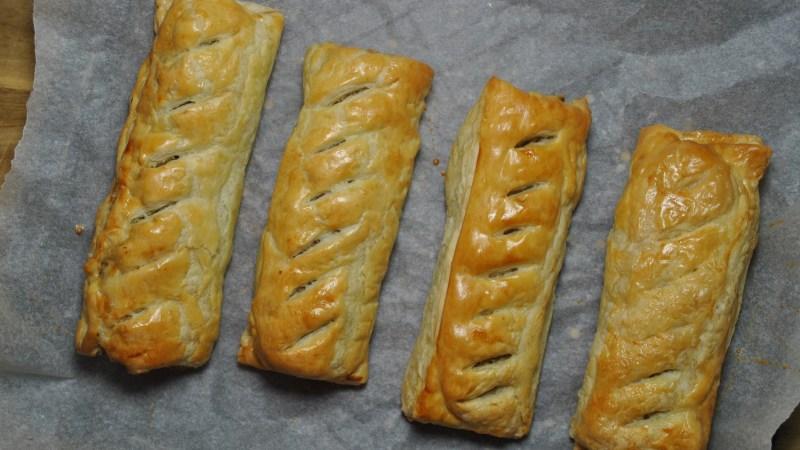 easy sausage rolls recipe - 3