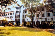 Aquins College