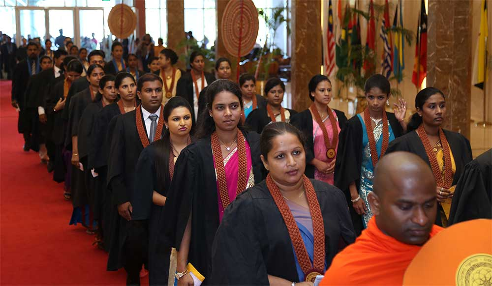Kelaniya-University-External-Degree-Convocation-BMICH