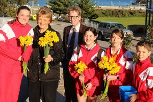 Students Support Daffodil Day