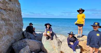 Port Noarlunga Students Storm the Beach