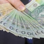 В Польше отменили подоходный налог для молодежи