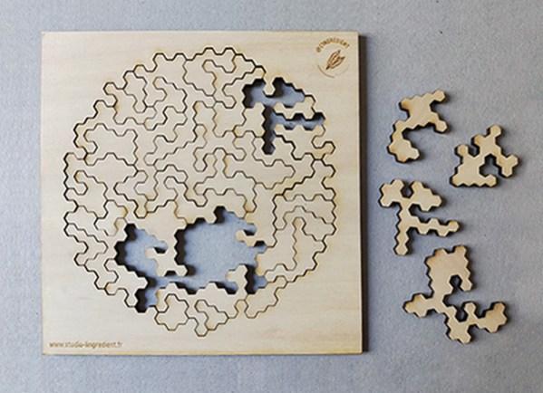 creation de cadeau puzzle, forme géométrique, puzzle artisanal en bois; fabrication bois sur mesure, trophée sur mesure