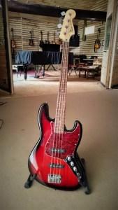 studio-la-boite-a-meuh-Squier-Jazzbass-fretless