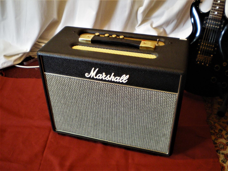 studio-la-boite-a-meuh-marshall-class-5