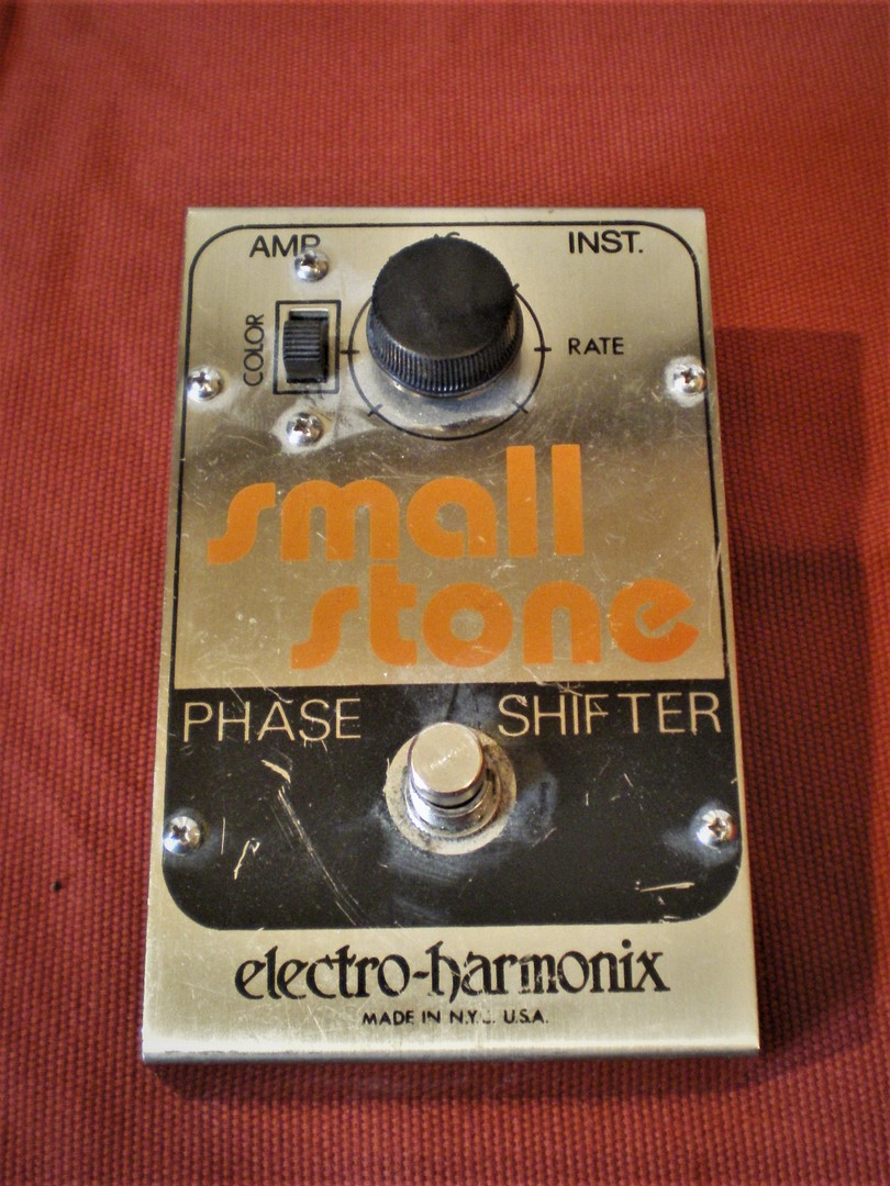 studio-la-boite-a-meuh-phaser-electro-harmonix-small-stone-mk2