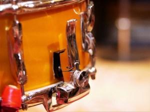 studio-la-boite-a-meuh-premier-resonator-declencheur-timbre-caisse-claire
