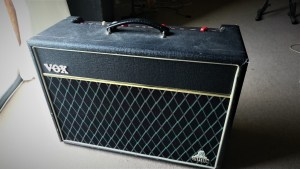 studio-la-boite-a-meuh-vox-ac10-shark-amps