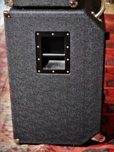 studio-la-boite-a-meuh-ampeg-svt-classic-410-bafflehlf-poignee